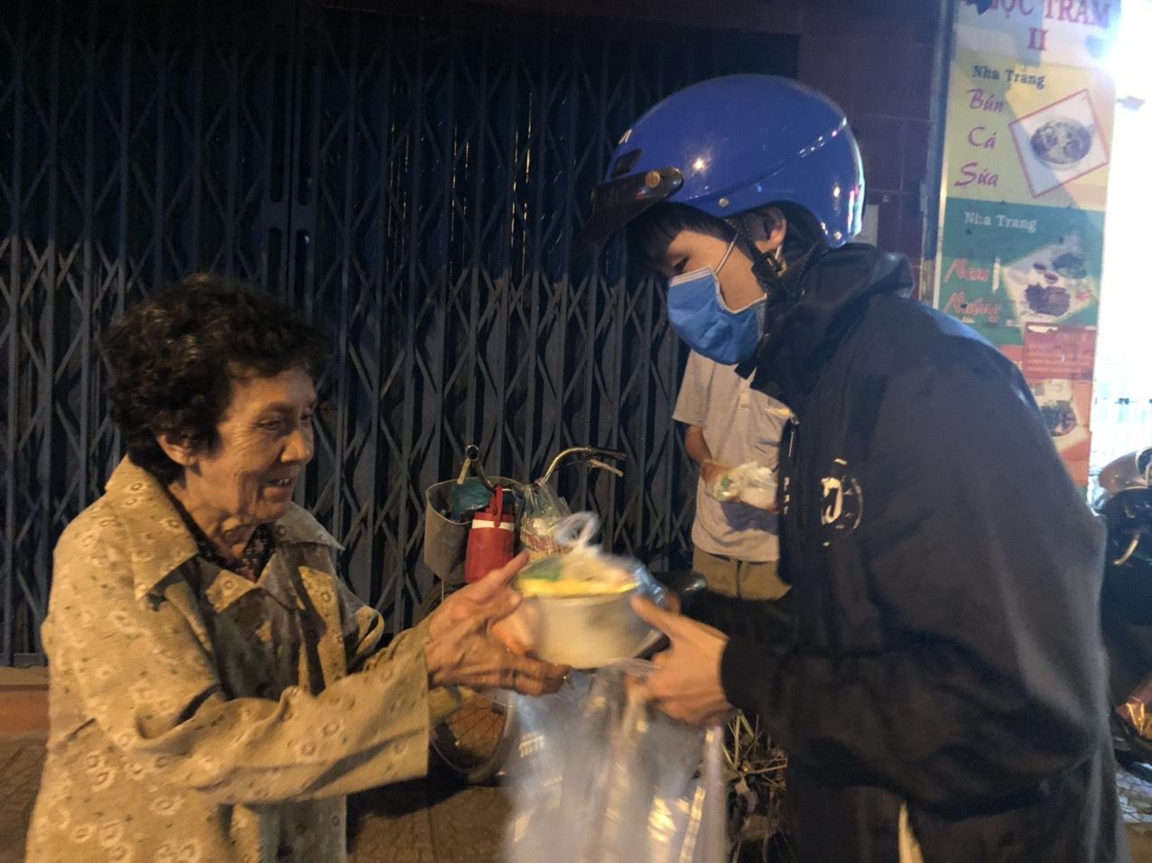 Aide alimentaire d'urgence au Vietnam